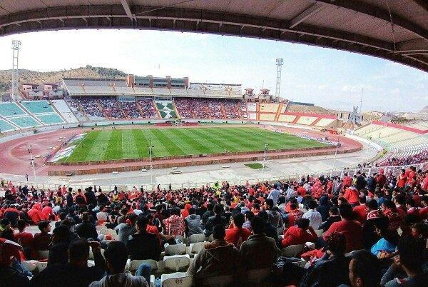حضور 30هزار نفری طرفداران تراکتور در استادیوم، رسول خطیبی تشویق شد