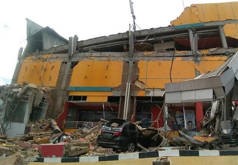 زلزله و سونامی اندونزی بیش از هزار نفر را ناپدید کرد