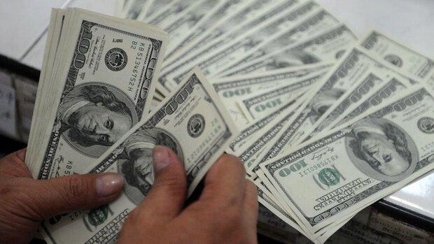 نرخ رسمی یورو و پوند کاهش یافت، قیمت دلار ثابت ماند